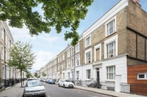 Ifield Road, Kensington, SW10  Asking price £450,000 Opportunity to acquire a bright one bedroom apartment on the raised ground floor of a period building just off the Fulham Road. Features Studio1 Bathroom1 Reception Room LeaseholdContact details 020 7581 5011Chelsea officeRef: 55758D4F0C6B9 See full details View floor plan Download brochure View map