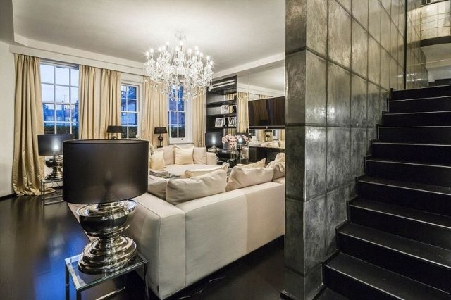 The Central London Penthouse Owned By Late Fashion Designer Alexander  McQueen Has Gone On The Market For A Tidy £8.5m. The Spectacular Mayfair  Property Has ...